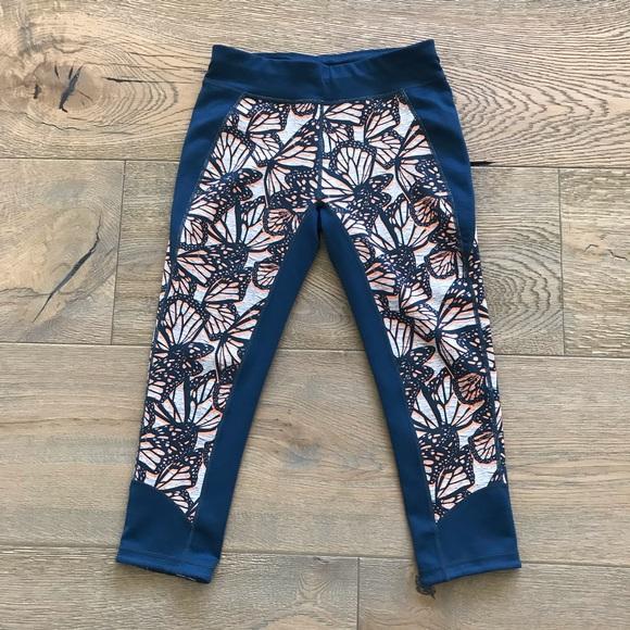 6b46fe2a8128e Sweaty Betty Butterfly Crops/Leggings. M_5bf73ea7194dadd605a52a4e